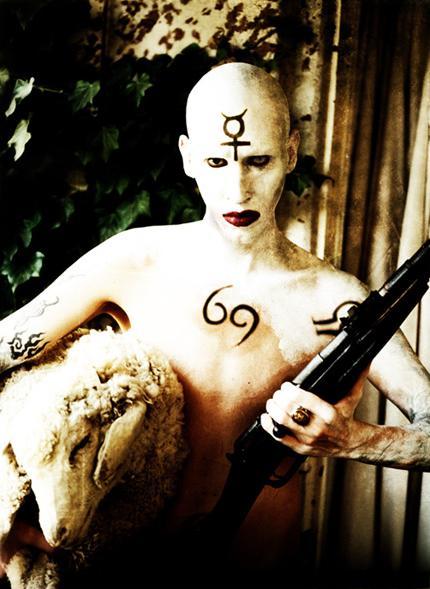 marilynmanson_lamb_of_god_rifle